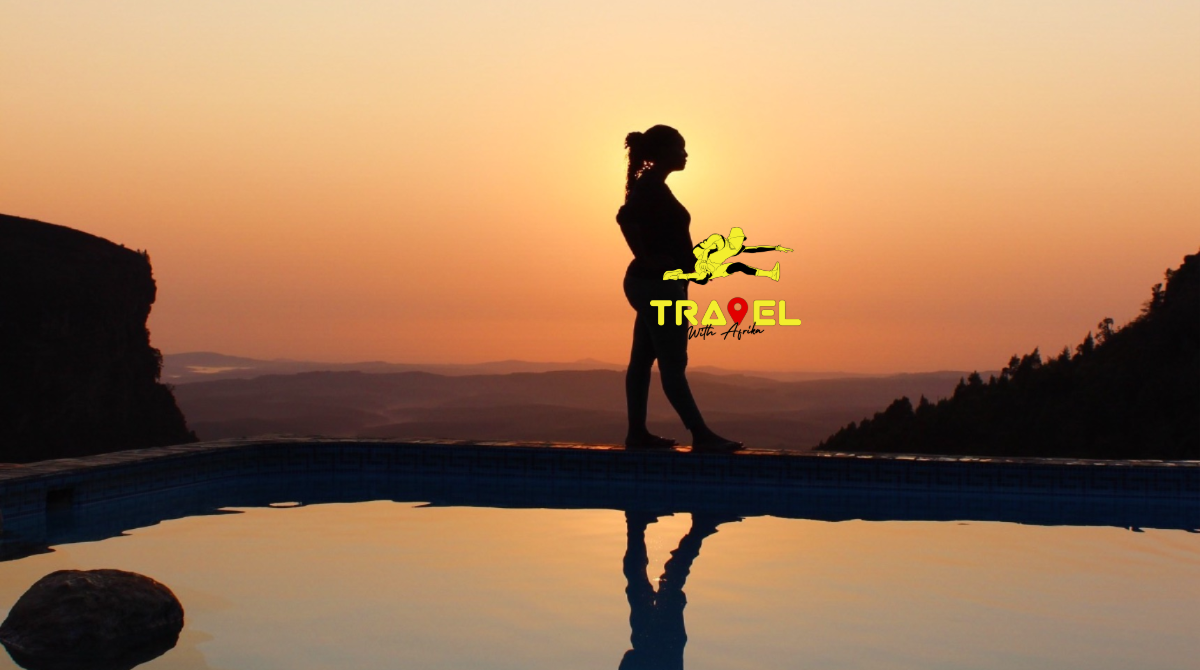 African sunrise | african women | Panorama Chalets | Panorama Route | Mpumalanga travel package | Graskop Gorge | Mpumalanga sunrise Graskop | Mpumalanga Group Trip | Travel South Africa | © Travel With Afrika