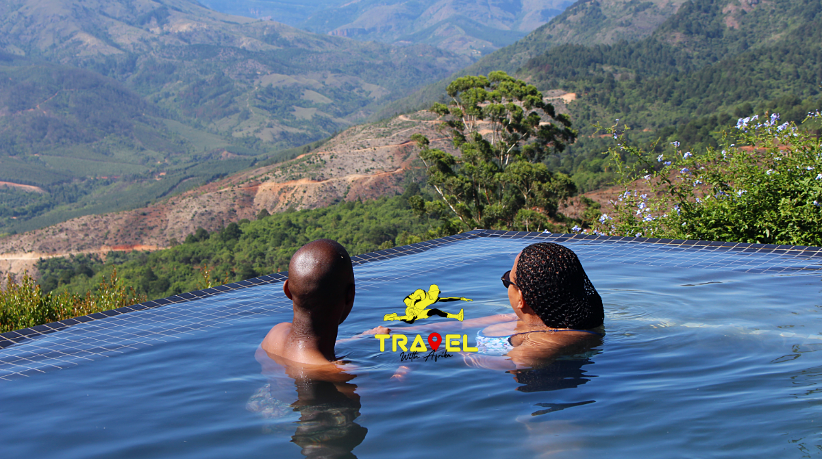 Limpopo luxury travel | magoebaskloof accommodation | infinity pool limpopo | luxury travel africa | Lind end guest farm | group travel package limpopo | Limpopo | © Travel With Afrika